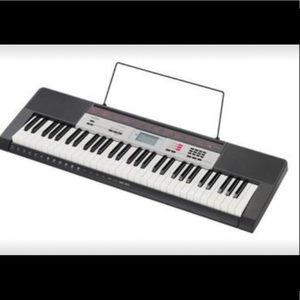 Casio ctk 1500 like new with STAND